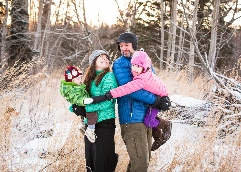 Anchorage Family Photography.  Winter Family Portraits in Eagle River, Alaska