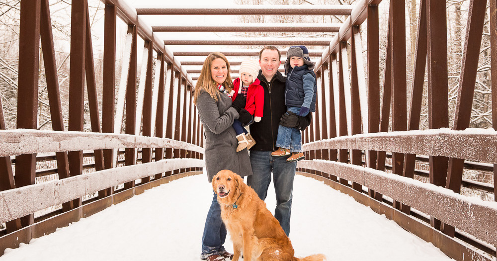 Snowy Outdoor Family Photographs | Anchorage & Girdwood Family Photographer | Marilyn Jeffers Photography