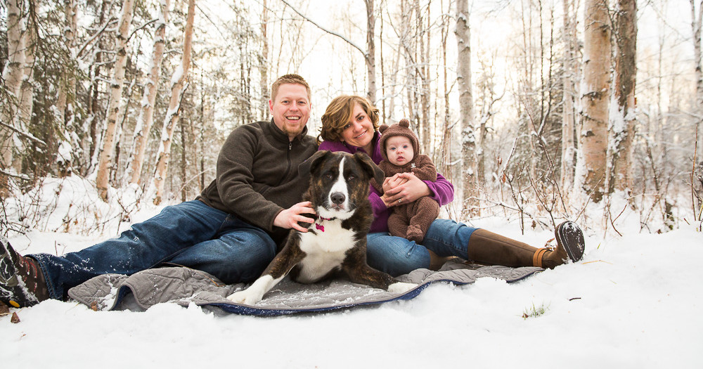 Family Photos in the Winter | Girdwood & Anchorage Family Photographer | Marilyn Jeffers Photography