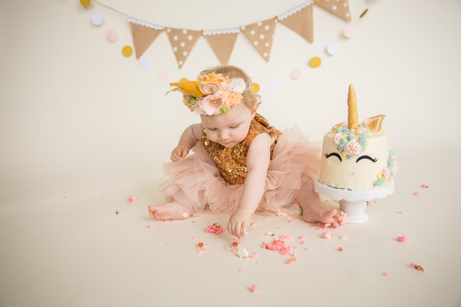 Cake Smash Photos in Alaska | Anchorage & Girdwood Baby Photography | Marilyn Jeffers Photography